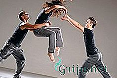 dance-choreography-and-other-activities-with-spine-pathologies-benefit-or-harm-2.jpg